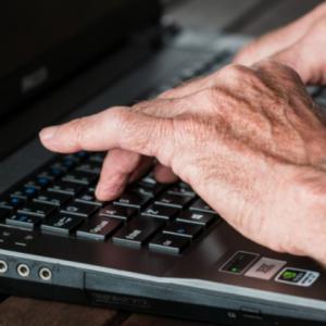 Kursy komputerowe dla seniorów - DWM Maj